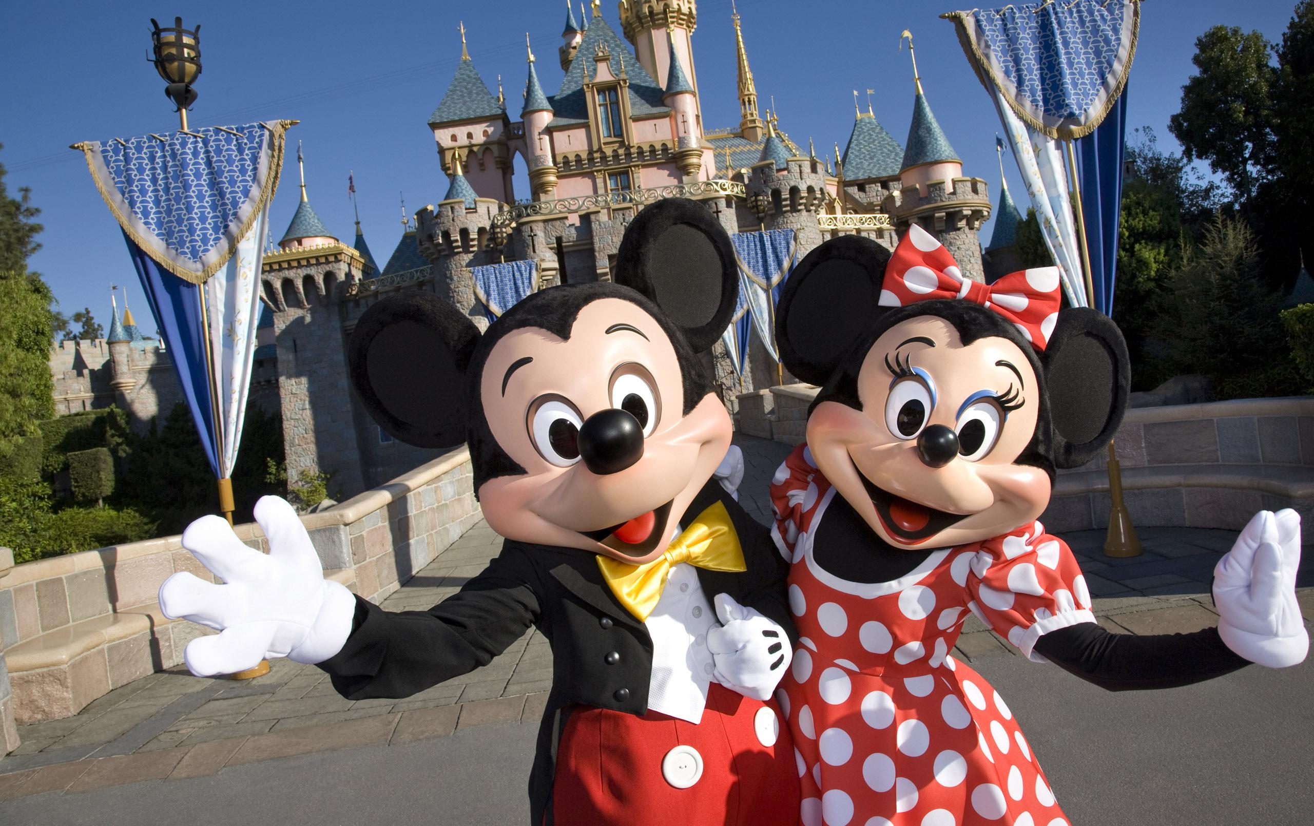 Cierran parque Disney en Orlando